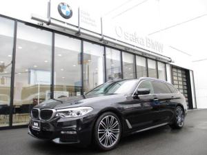 BMW 5シリーズ 523dツーリング Mスポーツ ハイラインパッケージ 弊社下取りワンオーナー・ブラックレザーシート・アクティブクルーズコントロール・LEDヘッドライト・地デジ・HDDナビ・バックカメラ・後席シートヒーター・ルーフレールシルバー・認定中古車・全国保証