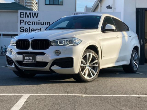 BMW X6 xDrive 50i Mスポーツ ブラックキドニーグリル・純正HDDナビ・地デジ・純正20インチアロイホイール・コーラルレッドレザー・ヘッドアップディスプレイ・アクティブクルーズコントロール・液晶メーター・認定中古車・全国保証