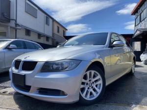 BMW 3シリーズ 320i ナビ/地デジ/キセノン/ETC/16インチアルミ/パワーシート
