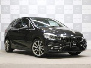 BMW 2シリーズ 218dアクティブツアラーラグジュアリー禁煙1オナ電動ゲート