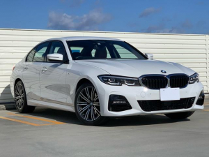 BMW 3シリーズ 320iMスポーツハイラインPコニャック地デジ コンフォート