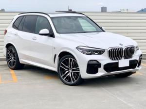BMW X5 xDrive 35d Mスポーツ プラスパッケージ・パノラマルーフ・harman/kardon・コニャックレザー・リアサイドブラインド・360パノラマカメラ・電動リアゲート・パールホワイト・22アルミホイール・BMW保証継承