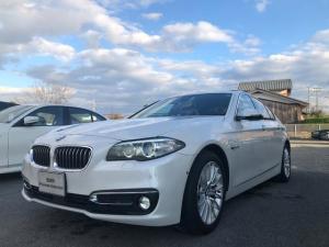 BMW 5シリーズ 523d ラグジュアリー ACC 黒革 サンル-フ 革衝突警告 ブレ-キレ-ンキ-プ