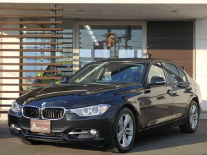 BMW 3シリーズ 320i スポーツ