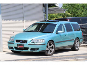 ボルボ V70 R R専用ボディカラー AWD アクティブシャシコントロール 300ps R専用スポーツブルーレザー HID 電動サンルーフ 記録簿8枚 純正18インチホイール 走行テスト済車輛