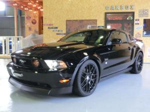 フォード マスタング V8 GTクーペ グラスルーフ ザ ブラック 35台限定車
