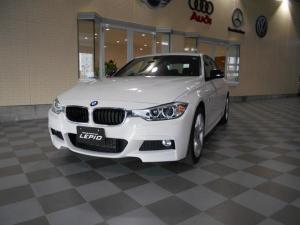 BMW 3シリーズ 320i xDrive Mスポーツ 4WD パワーシート
