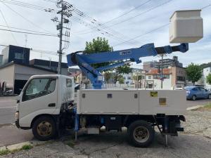 日野 デュトロ  4WD 高所作業車 バックカメラ
