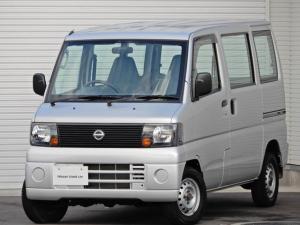 日産 クリッパーバン DX FM/AMラジオ・4WD・5速マニュアル