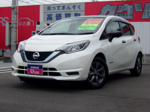 日産 ノート 1.2 e-POWER X ブラックアロー メモリーナビ・社用車アップ