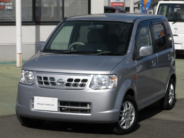 5MT車・CDチューナー/社外マフラー・ キーレスエントリー・プライバシーガラス