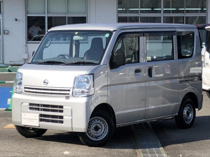 日産 NV100クリッパーバン 660 DX 5AGS車