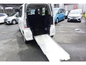 ホンダ N-BOX+ G・Lパッケージ 福祉車両あんしんPKGメモリーナビETC