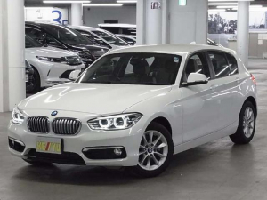 BMW 1シリーズ 118i スタイル 後期 1オーナー 衝突被害軽減ブレーキ iDrive Bluetoothオーディオ ミラー一体型ETC 車線逸脱警告 アイドリングストップ クルコン 専用ハーフレザー ランフラット&純正16AW 禁煙