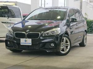 BMW 2シリーズ 218dグランツアラー Mスポーツ AW純正ヘッドランプLEDアイドリングストップエンジンスタートボタンキーレス電動バックドアオートエアコンオートライト1オーナー定期点検記録簿取扱説明書・保証書ユーザー買取車