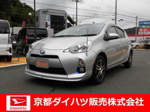 トヨタ アクア G バックカメラ ETC スペアタイヤ オートエアコン