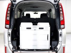 トヨタ エスクァイア XIクルマイスシヨウ  スロープタイプA LEDライト