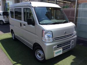 日産 NV100クリッパーバン DX 4WD 届け出済み未使用車 車検4年6月まで