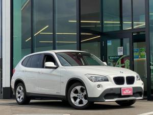 BMW X1 sDrive 18i 純正HDDナビ 純正CD/DVD再生 純正アルミホイール キーレス HIDヘッドライト 電動ミラープッシュスタート スペアキー オートAC