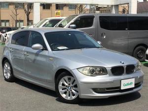 BMW 1シリーズ 116i キーレスプッシュスタート純正CDオーディオHIDヘッドライトフォグライト純正16インチアルミETCフロアマット保証書取扱説明書