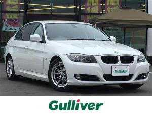 BMW 3シリーズ 320i 純正HDDナビ/AM/FM/CD/プッシュスタート/前席パワーシート/HIDヘッドライト/オートライト/純正フロアマット/純正16AW/スマートキー