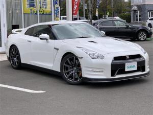 日産 GT-R ピュアエディション