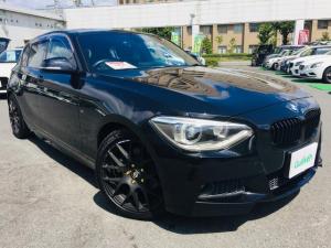 BMW 1シリーズ 116i Mスポーツ 純正ナビCD/DVD HDD BT 外部出力/sparco製18インチアルミ/バックカメラ/ETC/社外スピーカー/純正18インチアルミ積込/HIDヘッドライト/アルカンターラシート/スマートキー