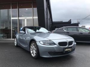BMW Z4 ロードスター2.5i ユーザー買取車/レザーシートブラック/シートヒーター/電動オープン