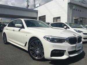 BMW 5シリーズ 523d Mスポーツ ハイラインパッケージ 純正HDDナビ フルセグTV 全周囲カメラ ETC LEDヘッドライト フォグライト オートライト 黒レザーシート 前席パワーシート 全席シートヒーター クルコン  純19AW