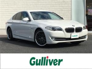 BMW 5シリーズ 523i ハイラインパッケージ 純正HDDナビCDDVDフルセグTVAMFMBTバックカメラスマートキーレザーシートパワーシートDNシートヒーターDNステアリングスイッチクルーズコントロール