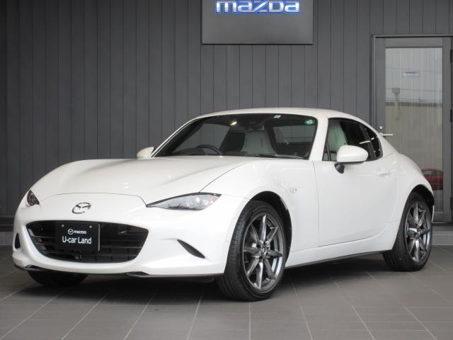 当社使用の試乗車♪白外装に白内装でエレガントな仕様です☆6MT車ですよ♪