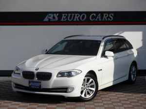 BMW 5シリーズ 523iツーリング ワンオーナー 記録簿 アイドリングストップ バックカメラ ナビ&TV 革シート