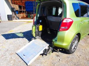 トヨタ ラクティス G 格納式リアスロープ付 車いす移動車 CD キーレス ETC 車検整備