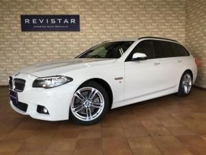 BMW 5シリーズ 523dツーリング Mスポーツ 追突回避軽減・ナビTV・バックカメラ・コーナーセンサー・HID・18インチアルミ・Bluetooth・DVD・USB・ETC・アダクティブクルーズコントロール・ブランドスポット・コンフォートアクセス
