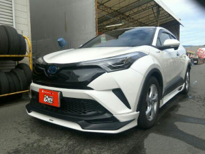 トヨタ C-HR S LED Edition