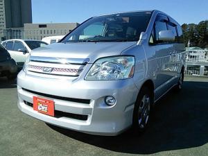 トヨタ ノア 2000 X リミテッド 5ドア CVT 2WD 8人