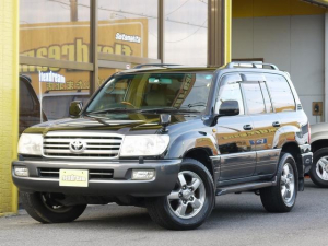 トヨタ ランドクルーザー100 VX-LTD ツーリングエディション