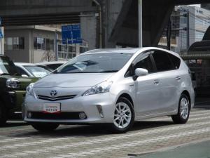 トヨタ プリウスα S