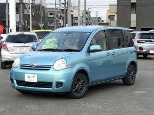 トヨタ シエンタ X 4WD 乗車定員7人 3列シート ワンオーナー